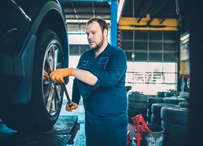 local mechanics yennora